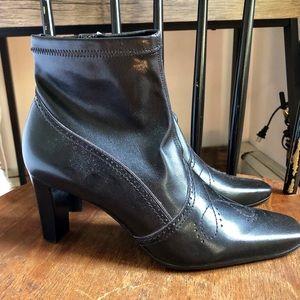 New black Franco Sarto heeled boots size 8